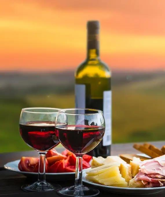 wine tasting hotel cardo